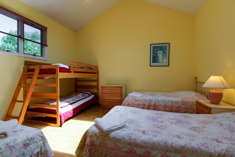 unit6-bedroom